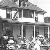 """Otter Lake House"", Huberdeau, Quebec Photo de: ""The History of CAMMAC"" par Valerie King"